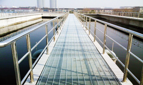 污水处理厂钢格板案例